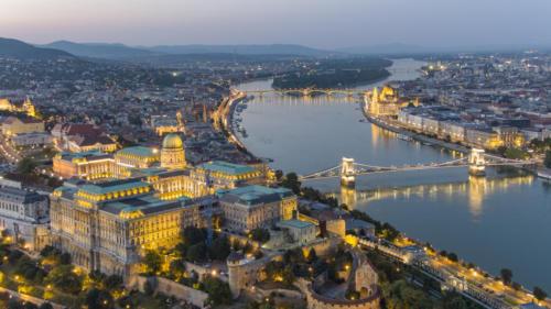 Budapesti est