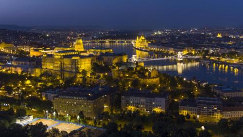 Budapest est